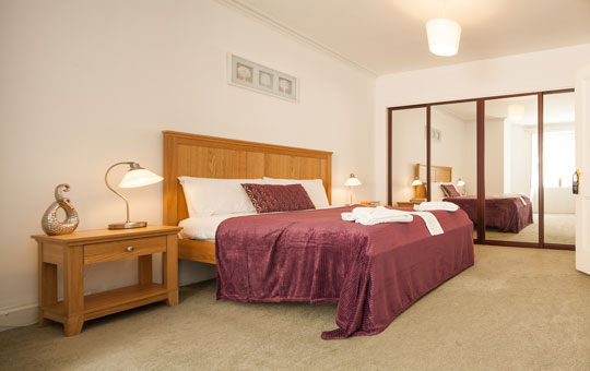 Piries Hotel Apartment in Centre of Edinburgh